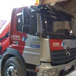 semi covering camion